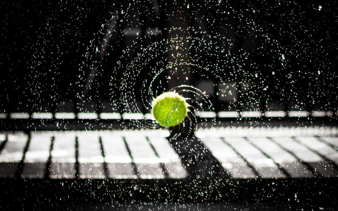 Pressureless Tennis Balls vs Pressurized Tennis Balls – Which Is The Better Option?